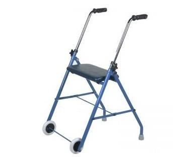 Andador con asiento. Está indicado para personas con movilidad reducida