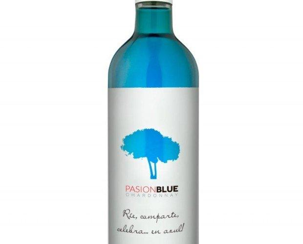 Vino Azul.Procedente de uvas Chardonnay, afrutado, aromático y fresco.