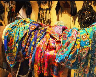 Complementos. Complementos de seda: fulares,pañuelos,chales