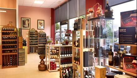 Vinos. Vinos nacionales, franceses, portugueses, licores