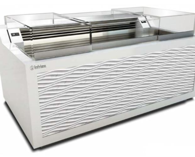 Vitrinas Refrigeradas para Pastelerías.Iluminación LED en la exposición