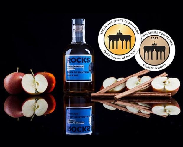 Licor de manzana. Ideal para después de comer. Mejor licor de europa 2 años
