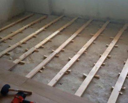 Colocaciones con rastrel. Usamos este tipo de instalaciones principalmente en las tarimas macizas