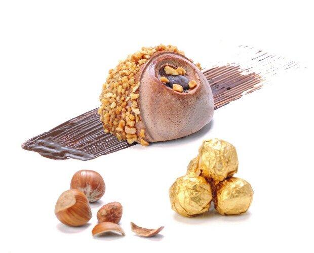 Moon Ferrero. Heldo de Ferrero envuelto con crocanti de almendra y sorpresa en su interior