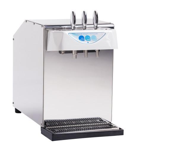 Máquina refrigeradora. Máquina refrigeradora versátil, de bonito diseño y gran capacidad refrigeradora.