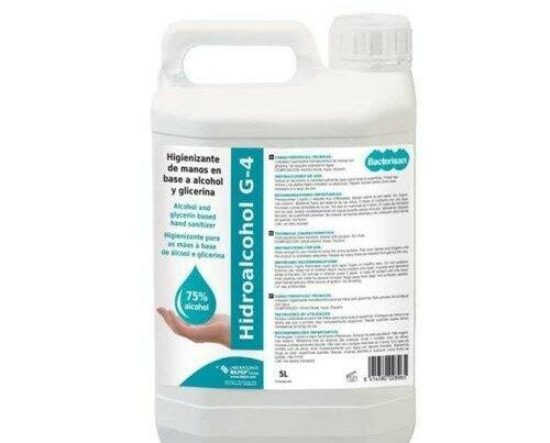 Hidroalcohól G-4. El gel no requiere aclarado en agua.