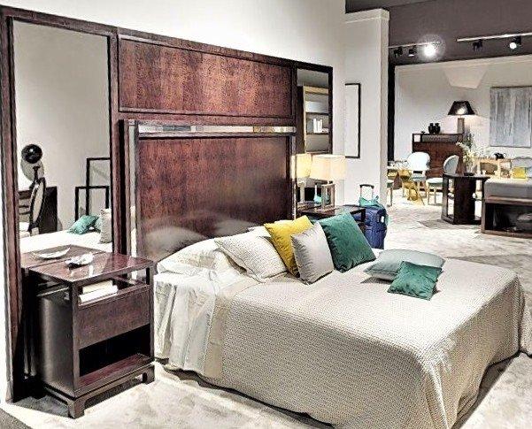 Mobiliario para Hostelería. Cabeceros para Hoteles. Cabecero completo con espejos