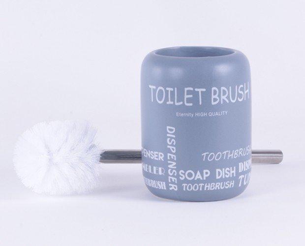 Escobillero baño. Producto de limpieza