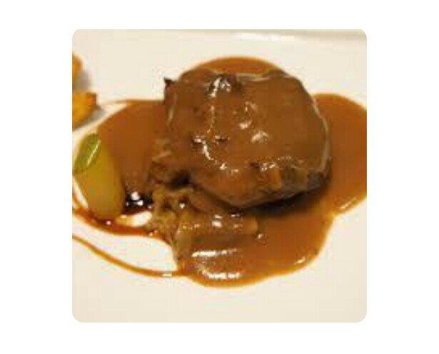 Galta Guisada Albrandy. Fabulosa receta de carrilleras de cerdo al brandy de Jerez