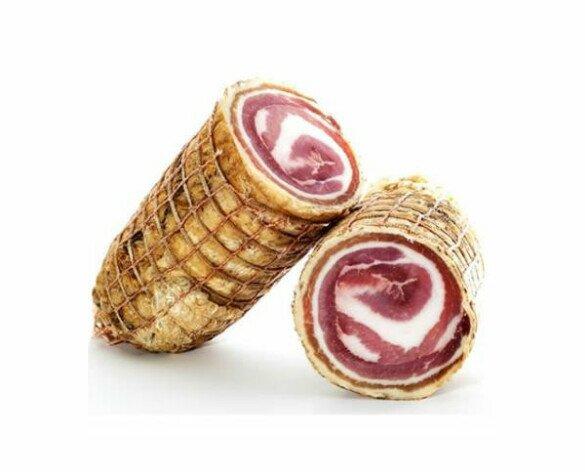 Pancetta Arrotolata. Delicioso corte graso con ligeras capas de hebra de carne porcina