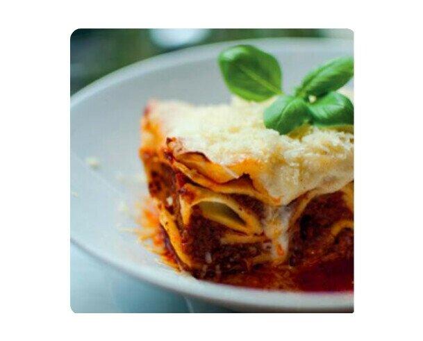 Lasagna. Es una receta que ha estado en nuestra familia desde siempre, tienes que probarla