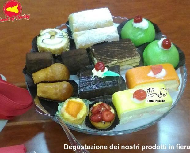 Pasticceria. Típica pastelería artesanal siciliana.