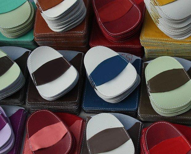 Productos de Cuero.Manoplas de depilación: piel vaquetilla combinada con microcristales de silicio