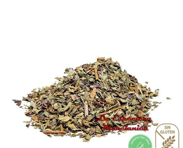 Hojas de albahaca. Hierba aromática que se cultiva desde hace milenios