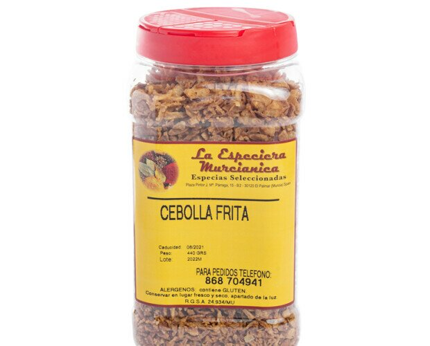 Cebolla frita. Ingredientes: Cebolla, aceite, harina de trigo y sal