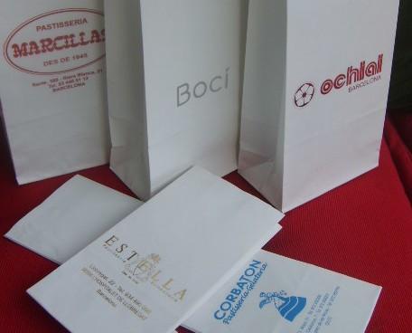 Bolsas.Bolsas de papel antigrasa para pasteleria .