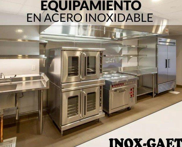 EQUIPAMIENTO EN ACERO INOXIDABLE. Equipamiento y maquinaria para hostelería de acero inoxidable.
