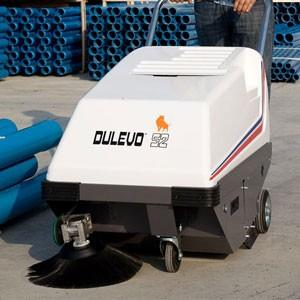 Maquinaría para Limpieza Industrial. Barredora Industrial