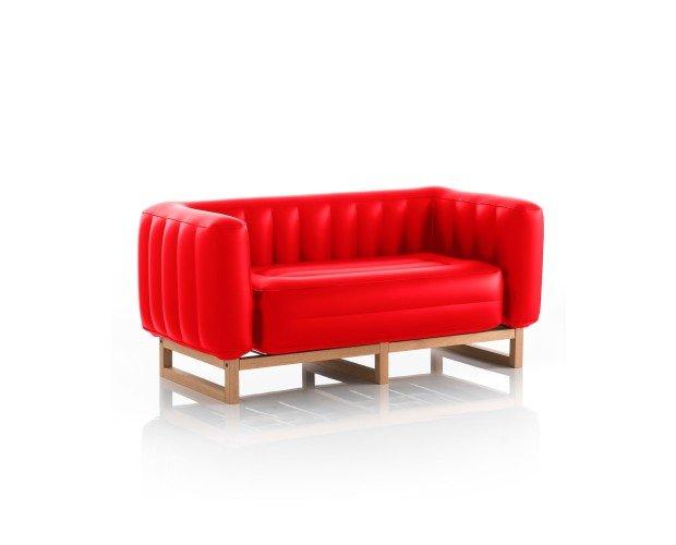 Sofa Yomi Rojo. Su estilo elegante encaja con todas las decoraciones