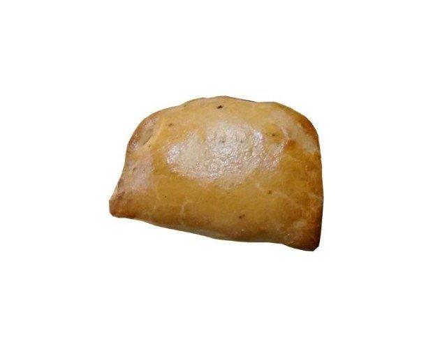 Empanada Suprema Patata. Empanadilla de masa blanca rellena de patata