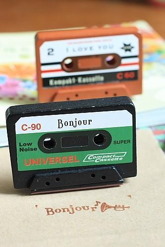Sello cassette. Sello retro