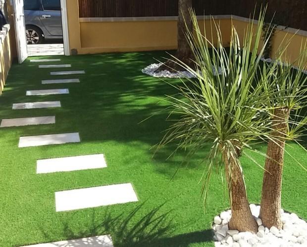 Diseño de Jardines y Paisajismo.Nuestros modelos de césped artificial con calidad Europea y con 10 años de garantía.