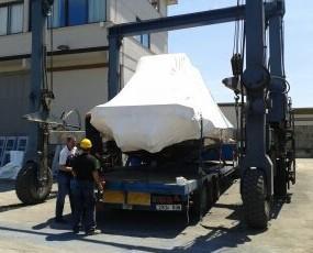 Boat Loading. Consulte nuestros servicios