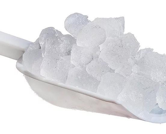 Hielo pilé. Perlas de hielo macizo de buen tamaño