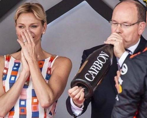 Champagne.Somos distribuidores de bebidas Premium