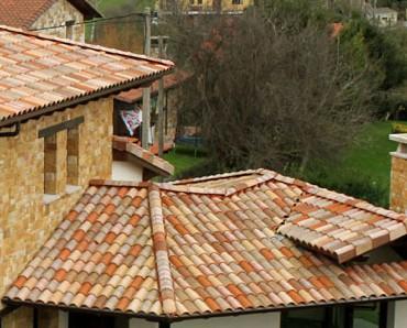 Materiales de Construcción.Ofrecemos tejas de arcilla de varios tipos