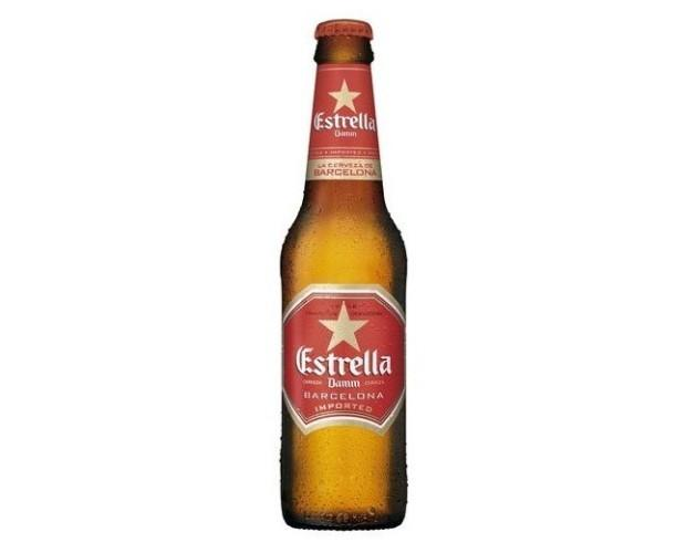 Botellas de Cerveza con Alcohol.Estrella Damm