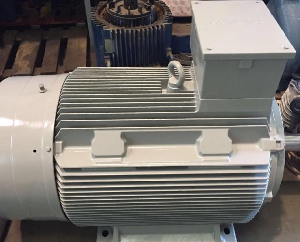 Bombas de Agua. Motor eléctrico Siemens 160kw