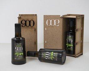 Paquete con aceites. Caja de madera regalo 500, Botella 900 Ecológico