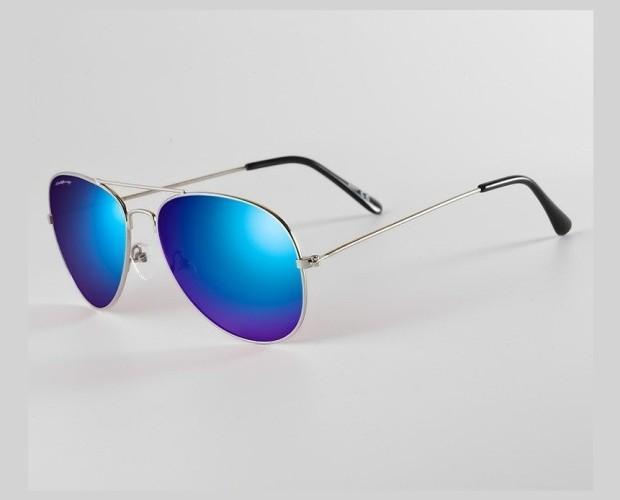 Gafas aviator California Style. Gafas aviator de espejo azul