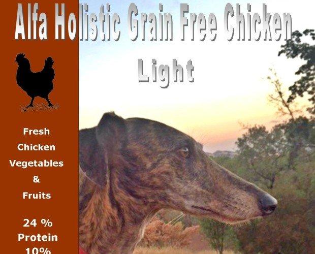 Alfa Holistic Pollo. Mínimo: 60% carne seca, 30% carne fresca