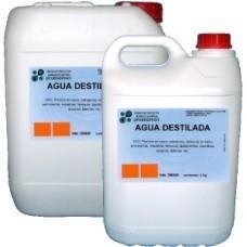 Línea Automoción. Agua destilada para planchas, radiadores, etc