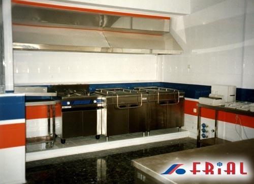 Maquinaria para hostelería. Proveedores de cocinas industriales.
