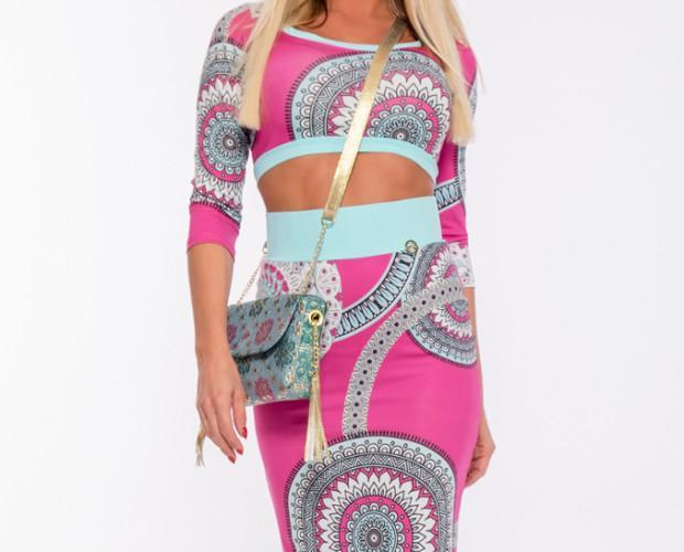Conjuntos de Ropa de Mujer.Falda y top color rosa fuerte con estampado étnico en tonos blancos y verdes claros.