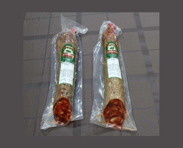 Chorizo Ibérico. Elaborado con carne magra y la grasa del propio cerdo