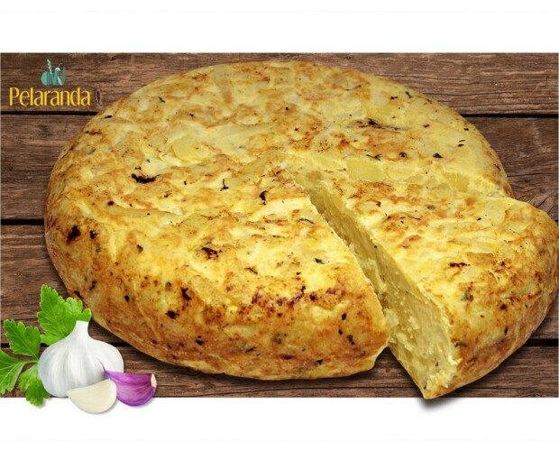 Tortilla Patatas con Ajo y Perejil. Disfruta del sabor de la magnífica tortilla de patatas con ajo y perejil.