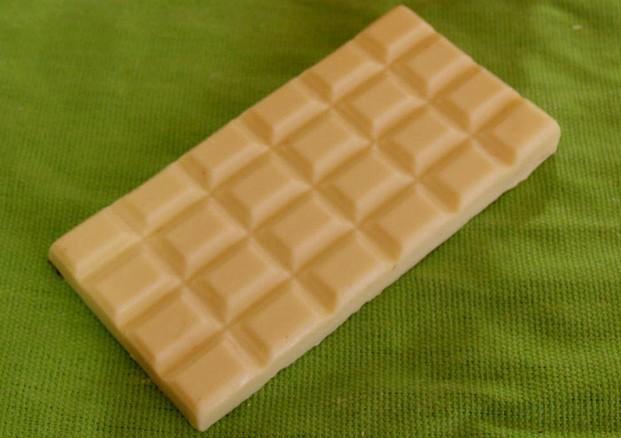 Tableta de chocolate blanco. Tableta de chocolate artesano