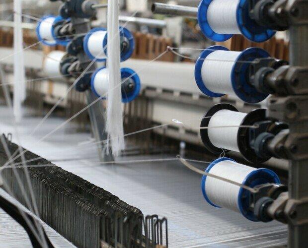 Telar. Telar de nuestra fábrica para la producción del textil de la mejor calidad.