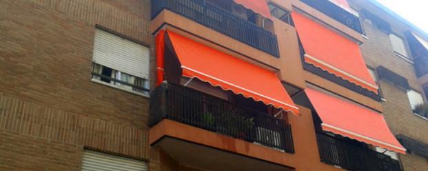 Instaladores de Toldos.Disfrute de su terraza reduciendo la temperatura 2-5ºC