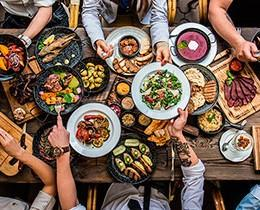 Concepto gastronómico. Podríamos definir como concepto en hostelería a la representación, idea o hecho en el que convertimos nuestro establecimiento