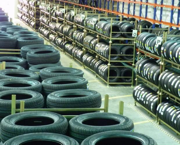 Recambios para Automóviles. Neumáticos. Gran variedad