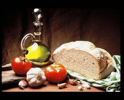 Aceite de oliva virgen extra. Pet 5 litros, próximamente: 75cl y 1l