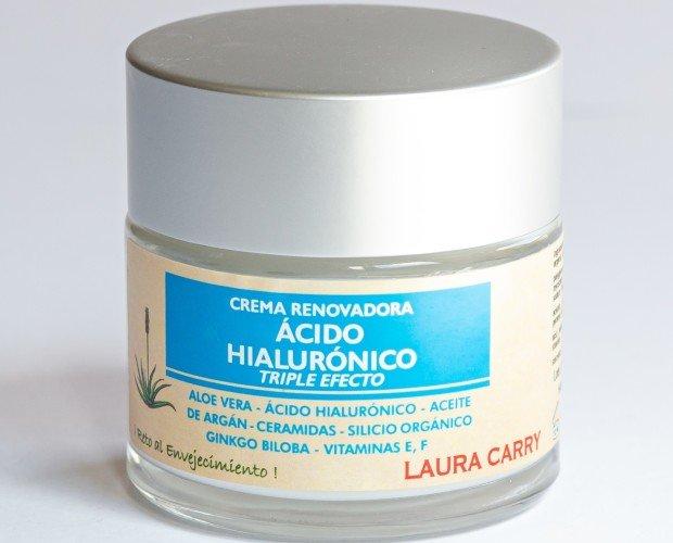 Crema facial. Crema facial con ácido hialurónico