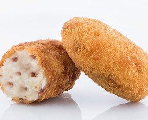 Croquetas de jamón. Croquetas de jamón serrano con una cremosa bechamel y un crujiente pan rallado