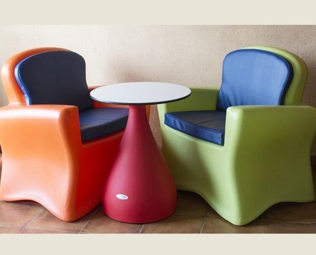 Conjunto Sillones Brujo Naranja y Pistac. Conjunto mesa y sillones