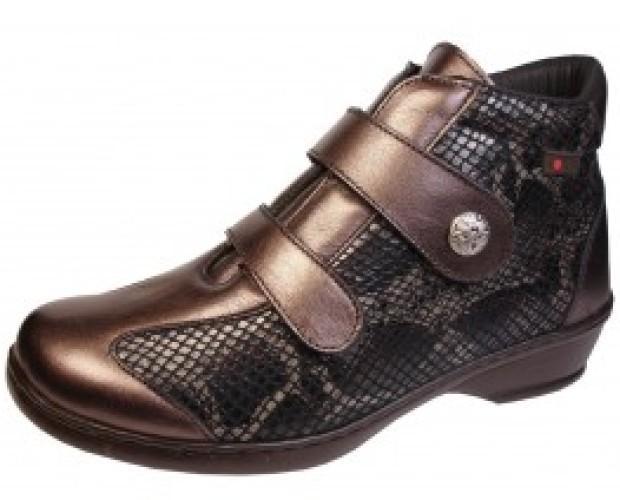 Calzado de Mujer. Botas de Montaña de Mujer. Disponemos de botas y botines